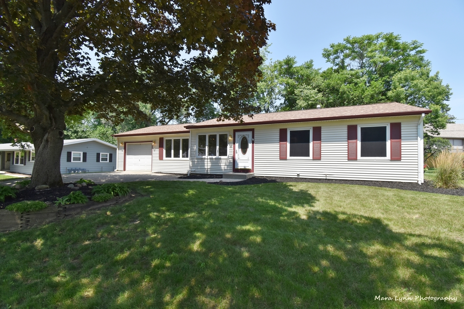 530 Moore Avenue, St. Charles, Il 60174