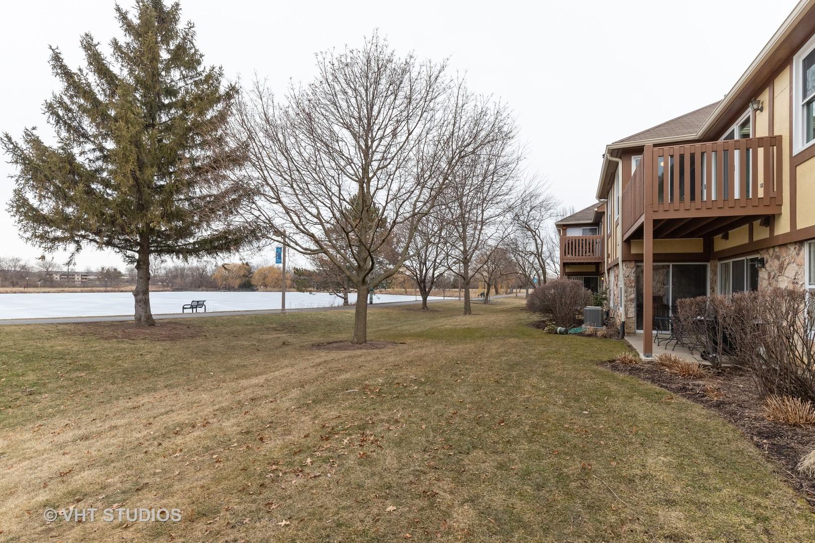 1310 Streamwood 312, Vernon Hills, Illinois, 60061