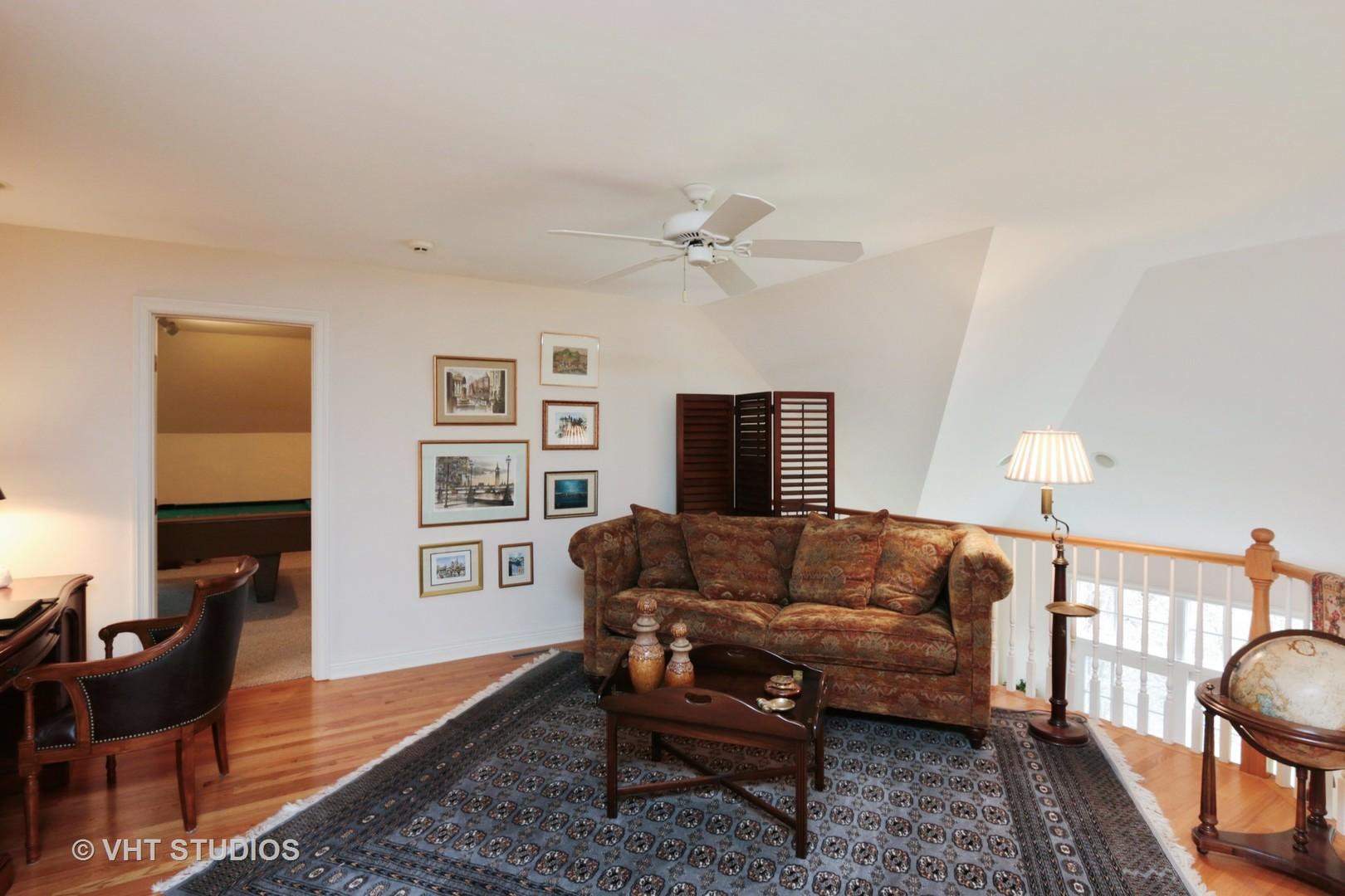 1670 Cornell, Lake Forest, Illinois, 60045