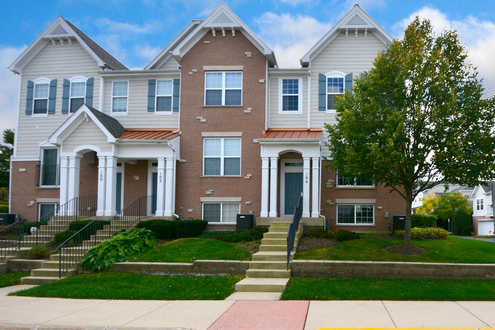 104 Arcadia Lane, Lake Zurich, Illinois 60047
