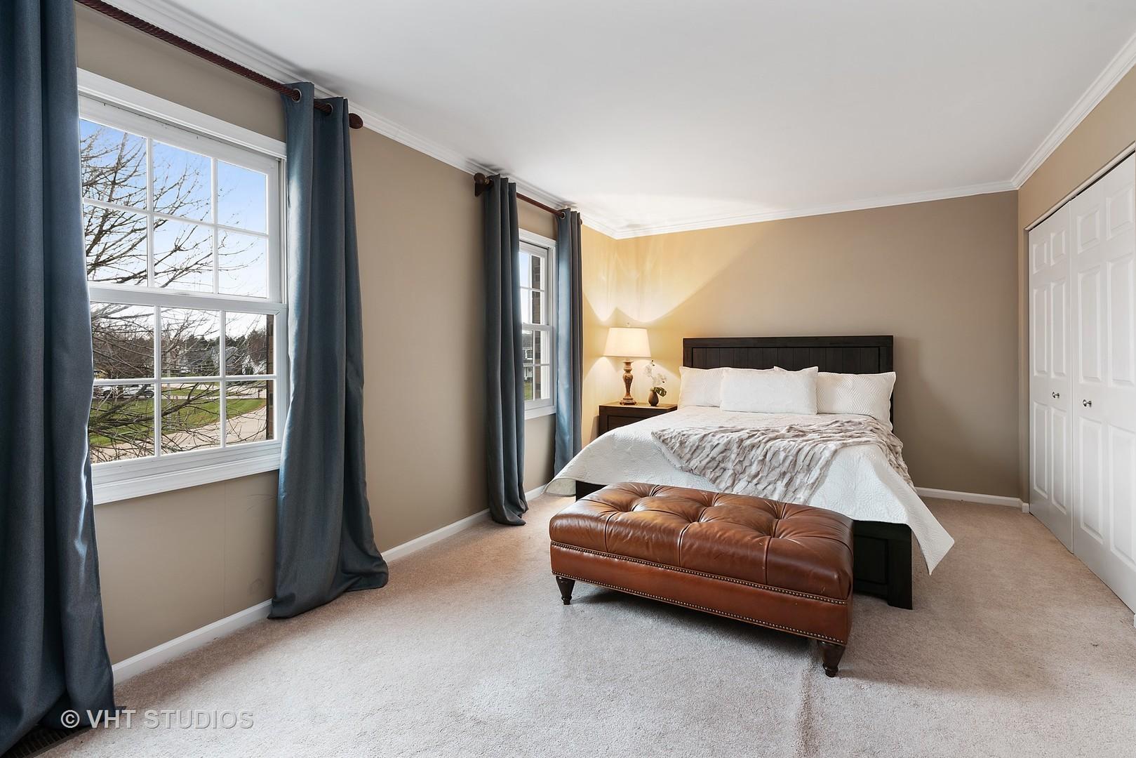 616 Arlington, Sleepy Hollow, Illinois, 60118