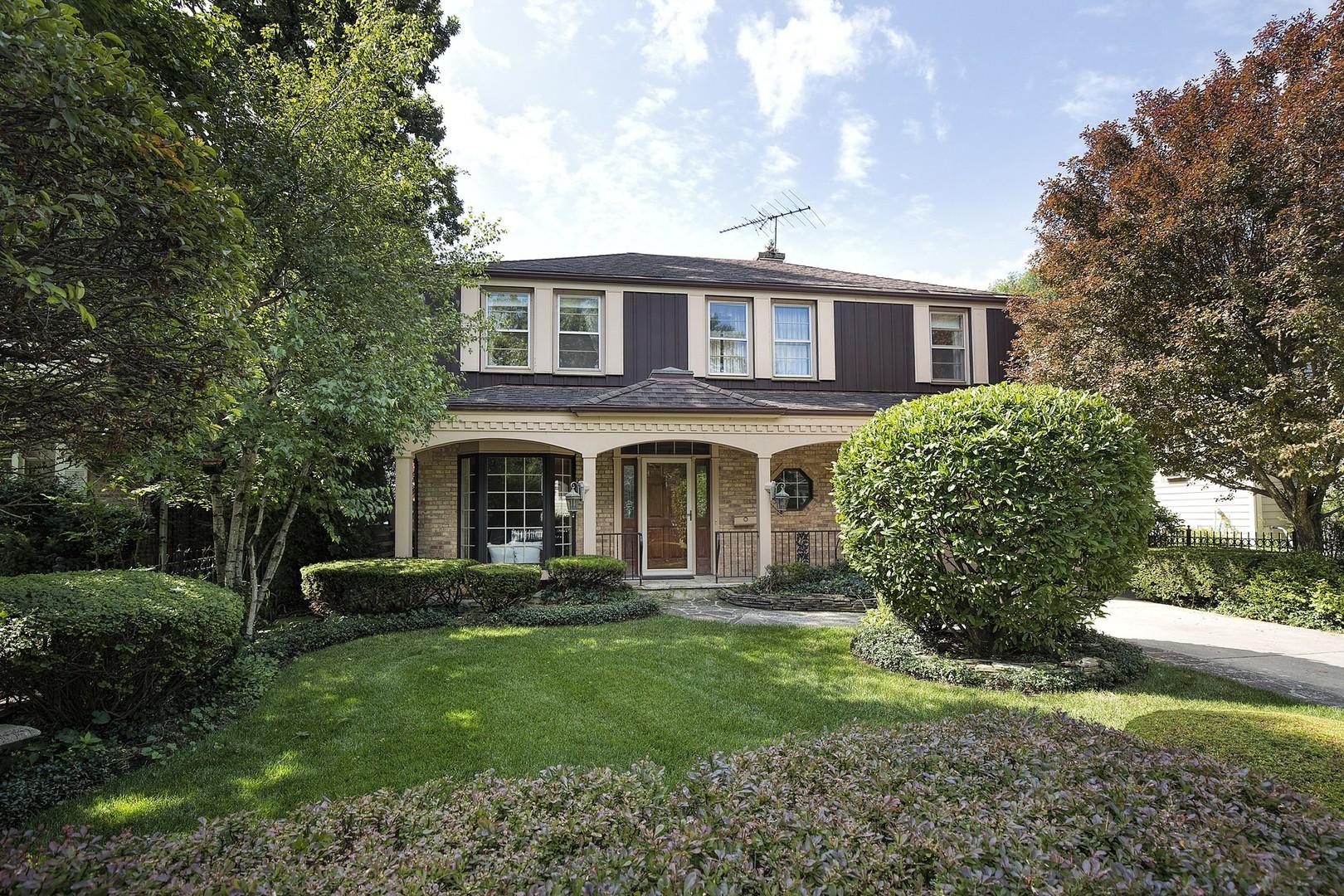 Buying Hall Property Illinois