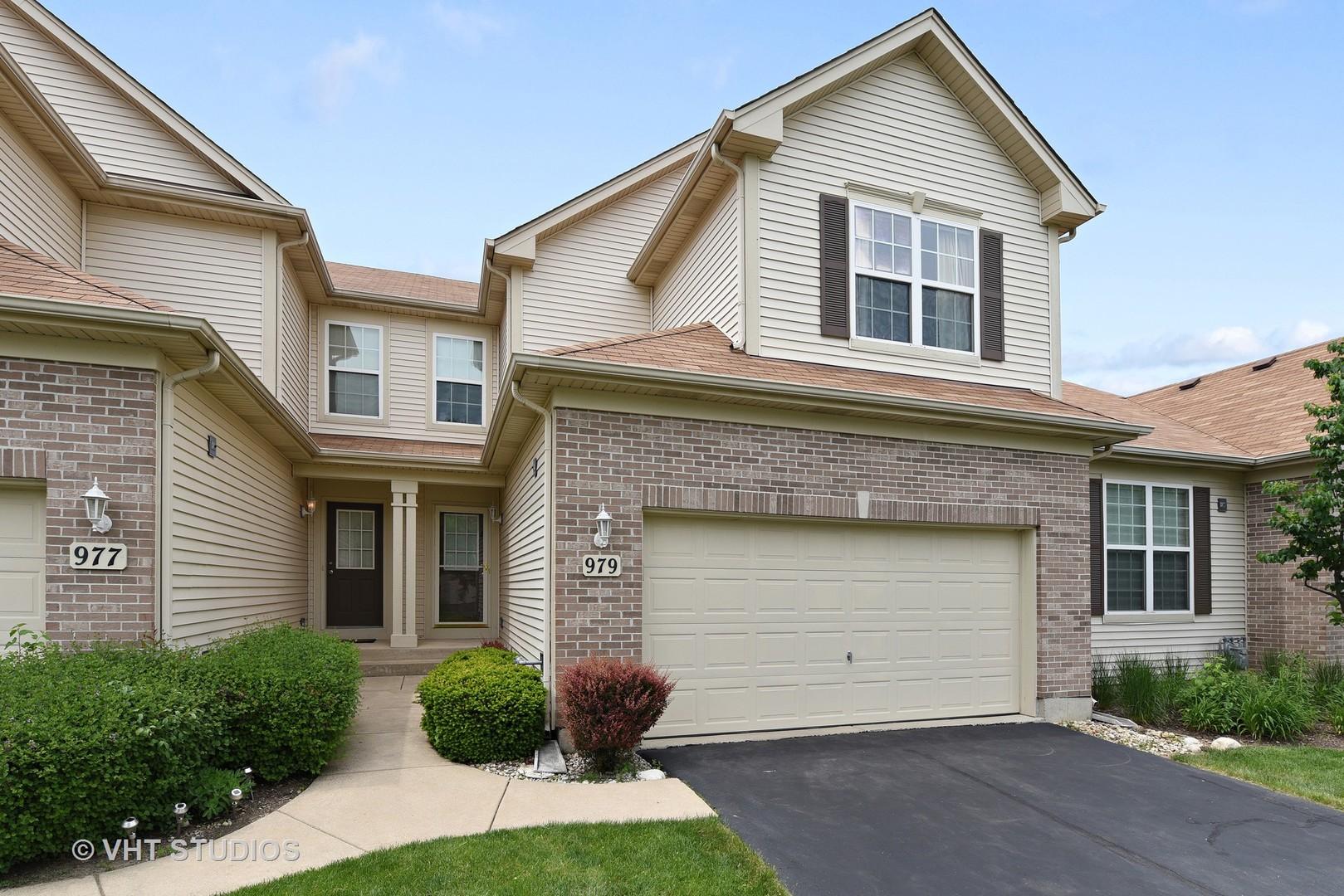 979  Oak Ridge,  ELGIN, Illinois