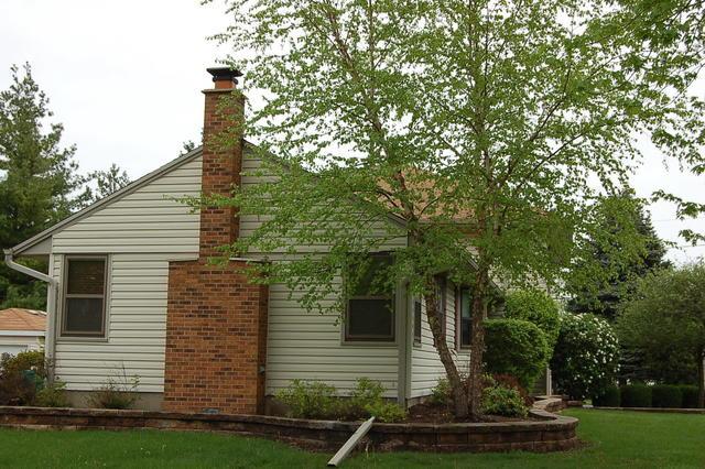34 Spruce, LAKE ZURICH, Illinois, 60047