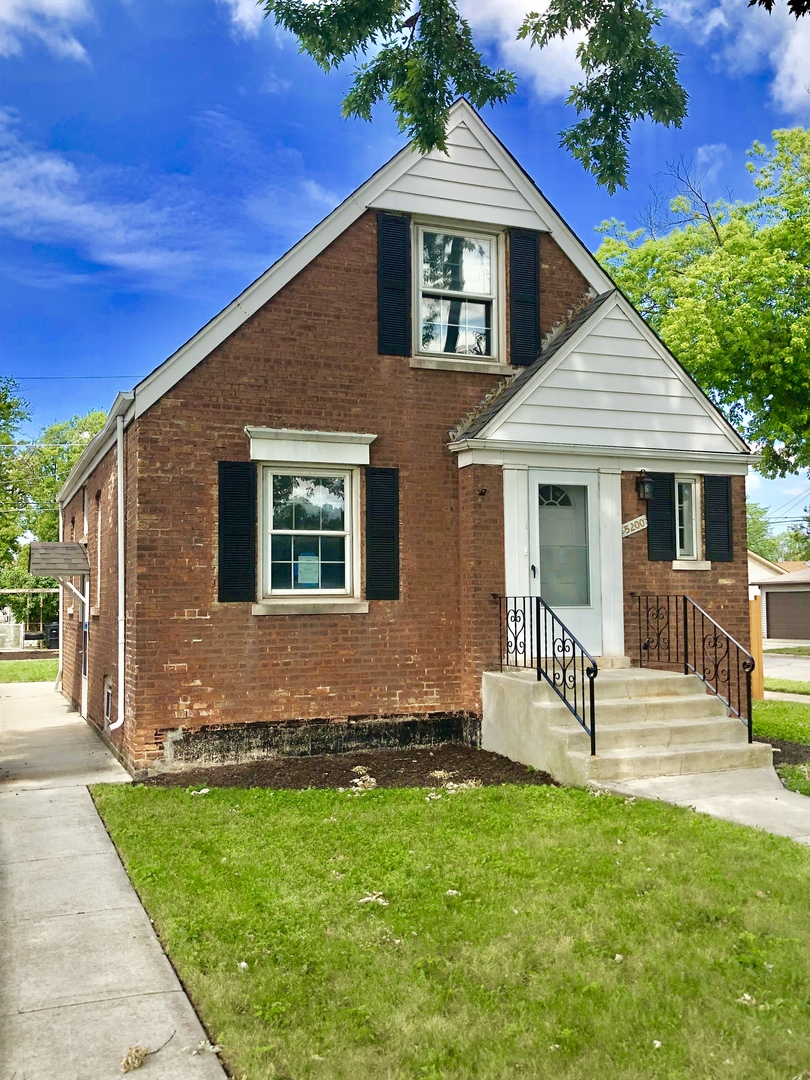 South  Mayfield Avenue, Chicago, IL 60638