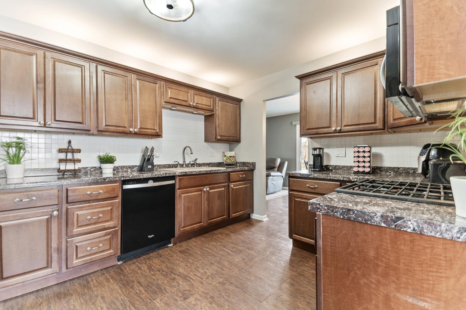 1660 Kent, Hoffman Estates, Illinois, 60194