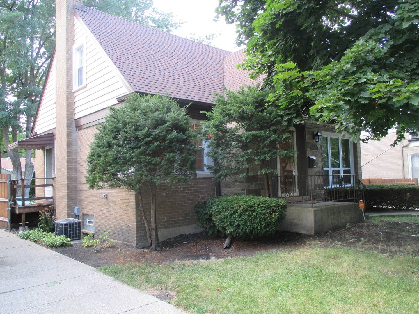 1860 Belleview, Westchester, Illinois, 60154