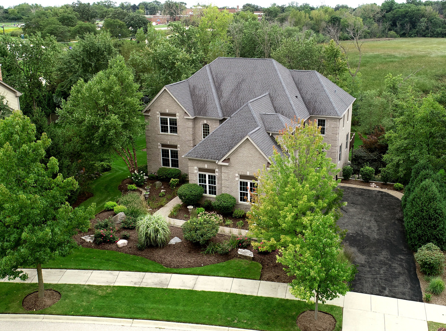 267 Clair View Court, Lake Zurich, Illinois 60047