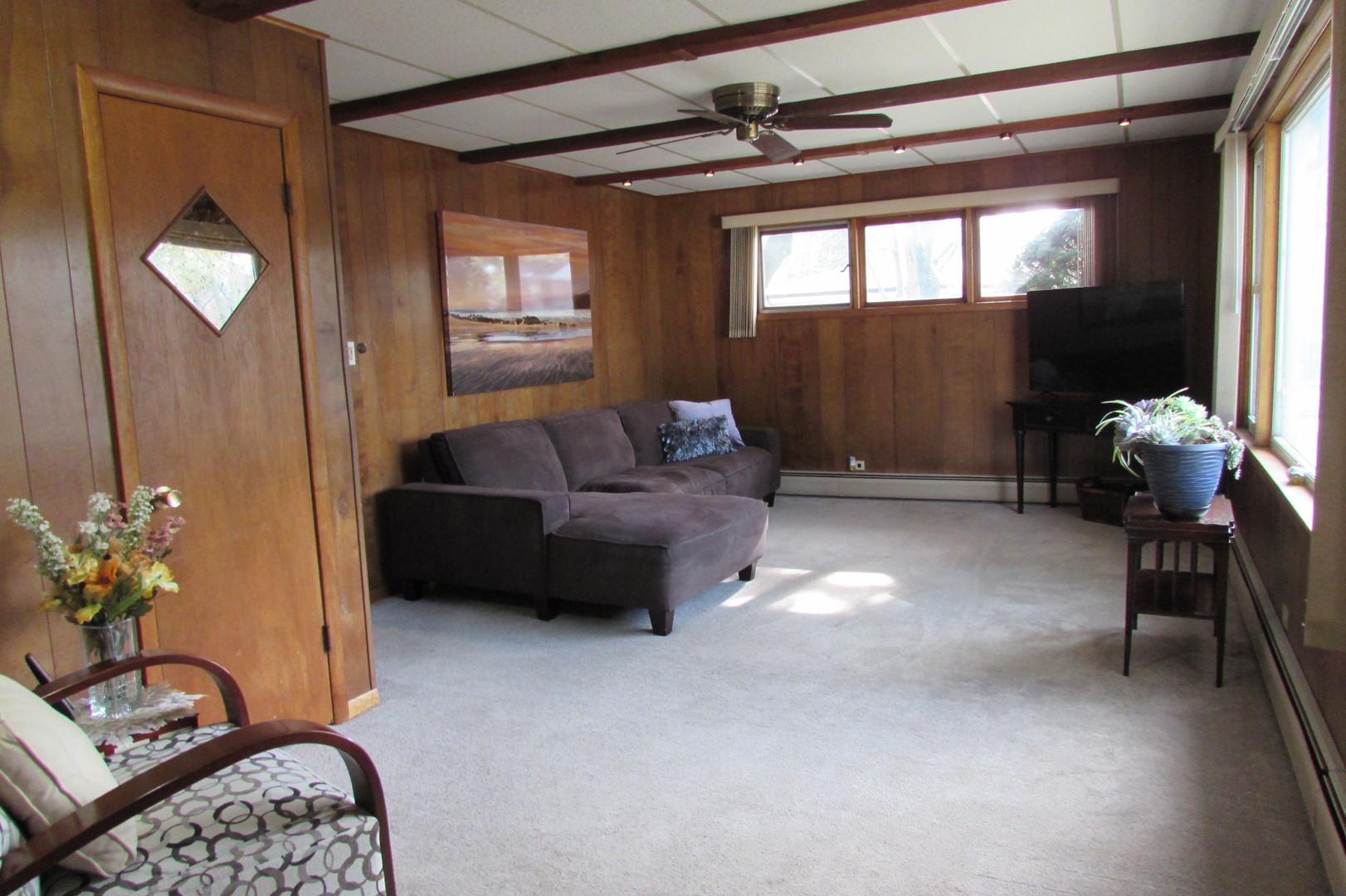 824 Hull, Westchester, Illinois, 60154
