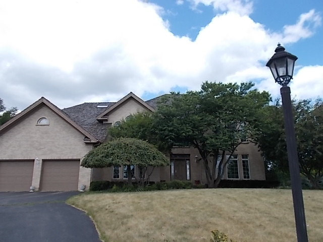 27341 North Primrose Lane, Mundelein, Illinois 60060