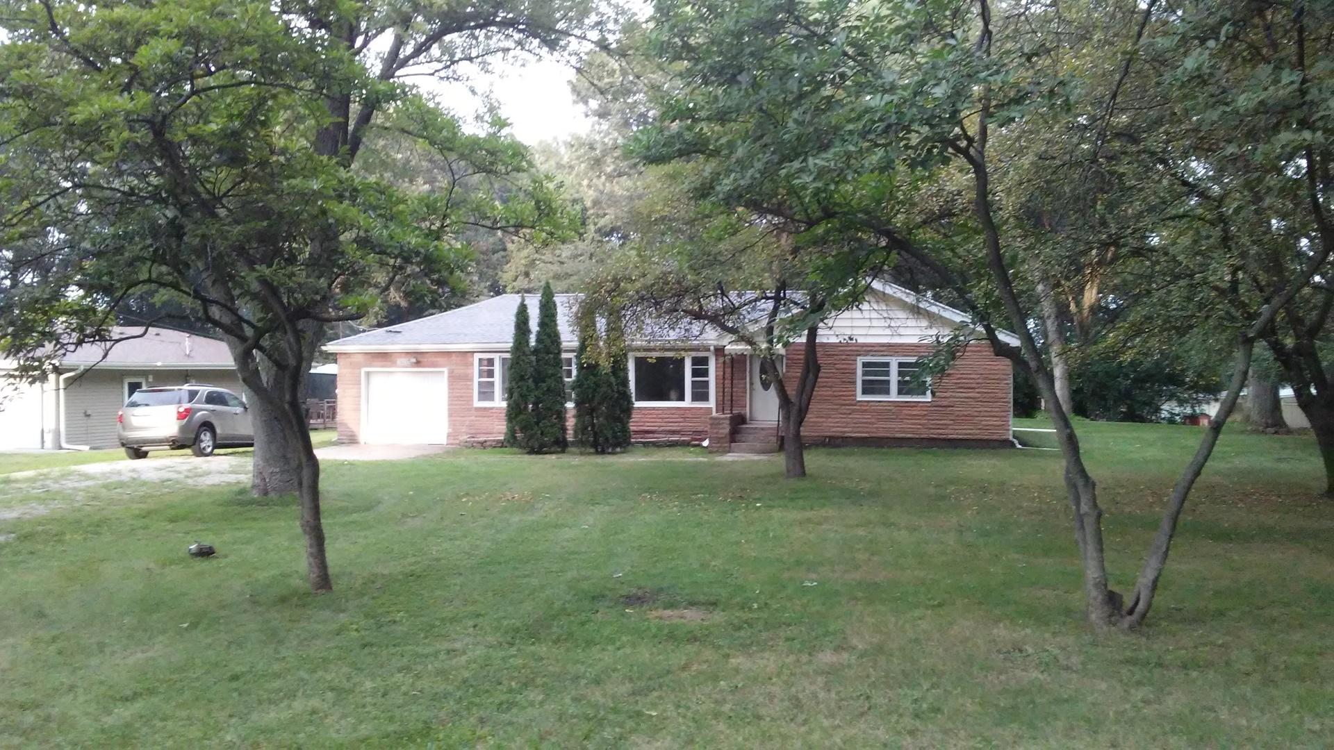 24132 West Oak, Joliet, Illinois, 60404