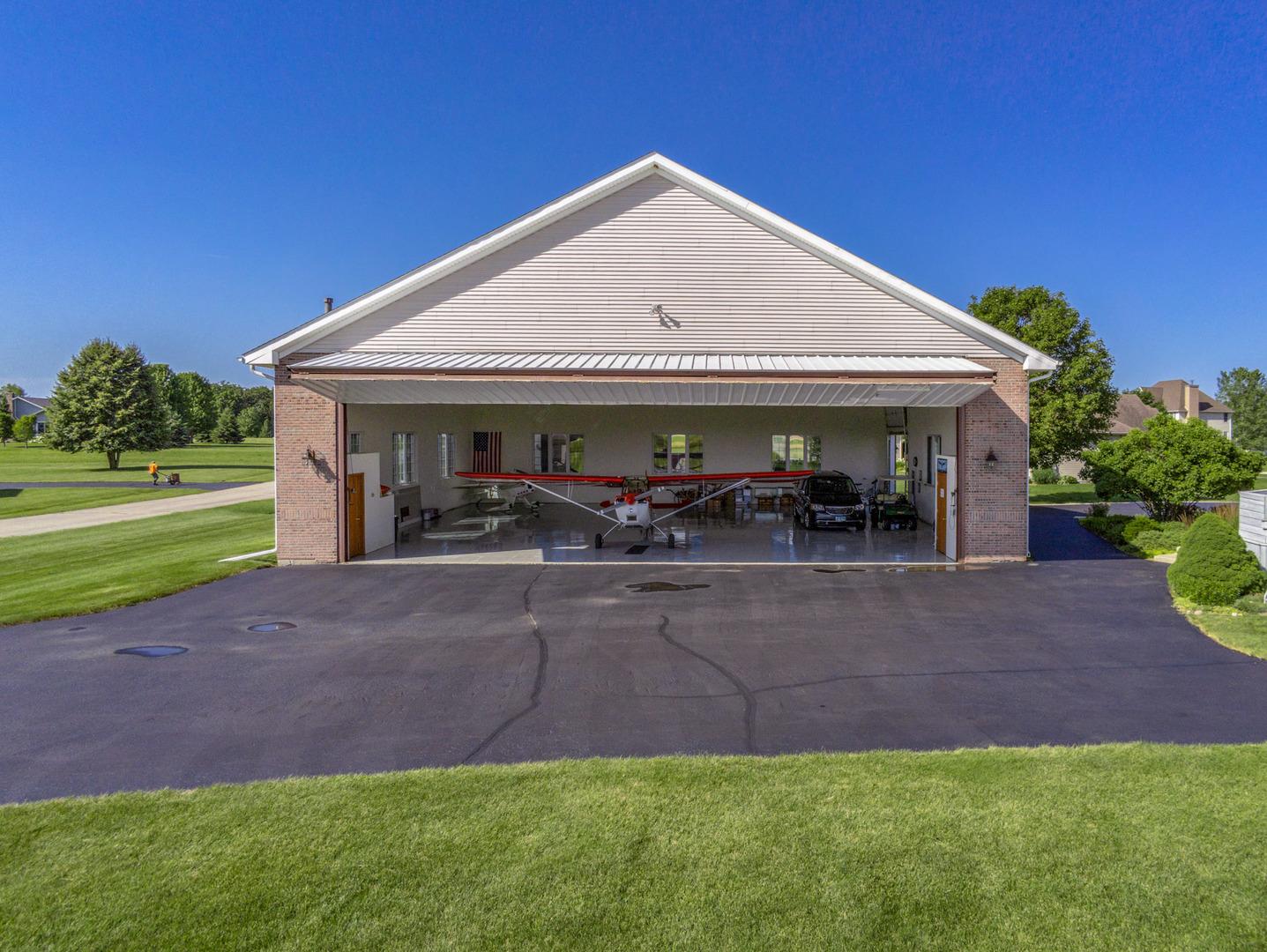2704 Stearman, Poplar Grove, Illinois, 61065