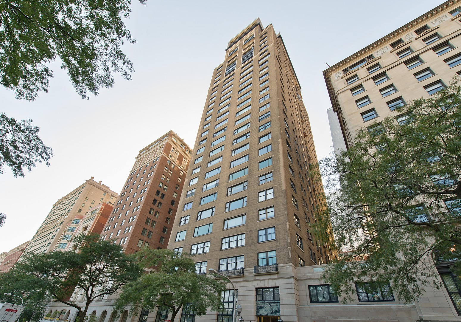 Property for sale at 179 East Lake Shore Drive Unit: 403, Chicago-Near North Side,  IL 60611