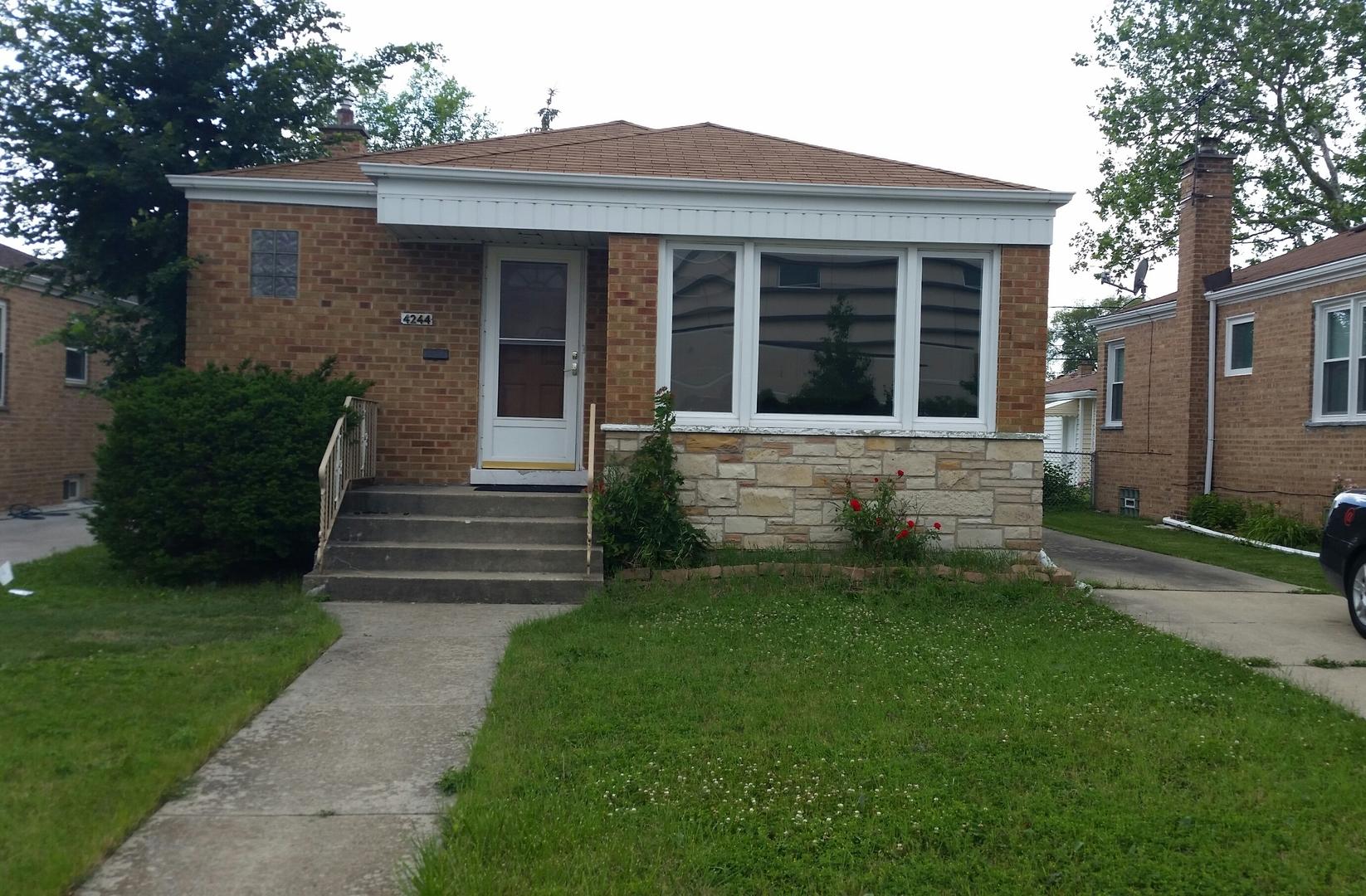 4244 N Octavia Avenue, Norridge, IL 60706