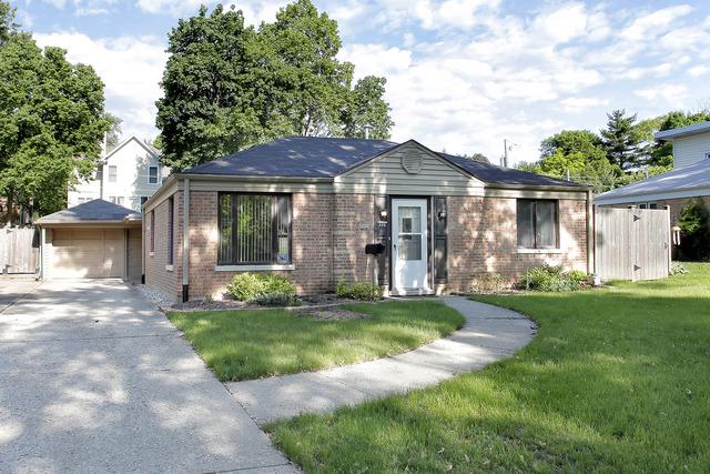 609 HAMPTON Terrace, Libertyville, IL 60048