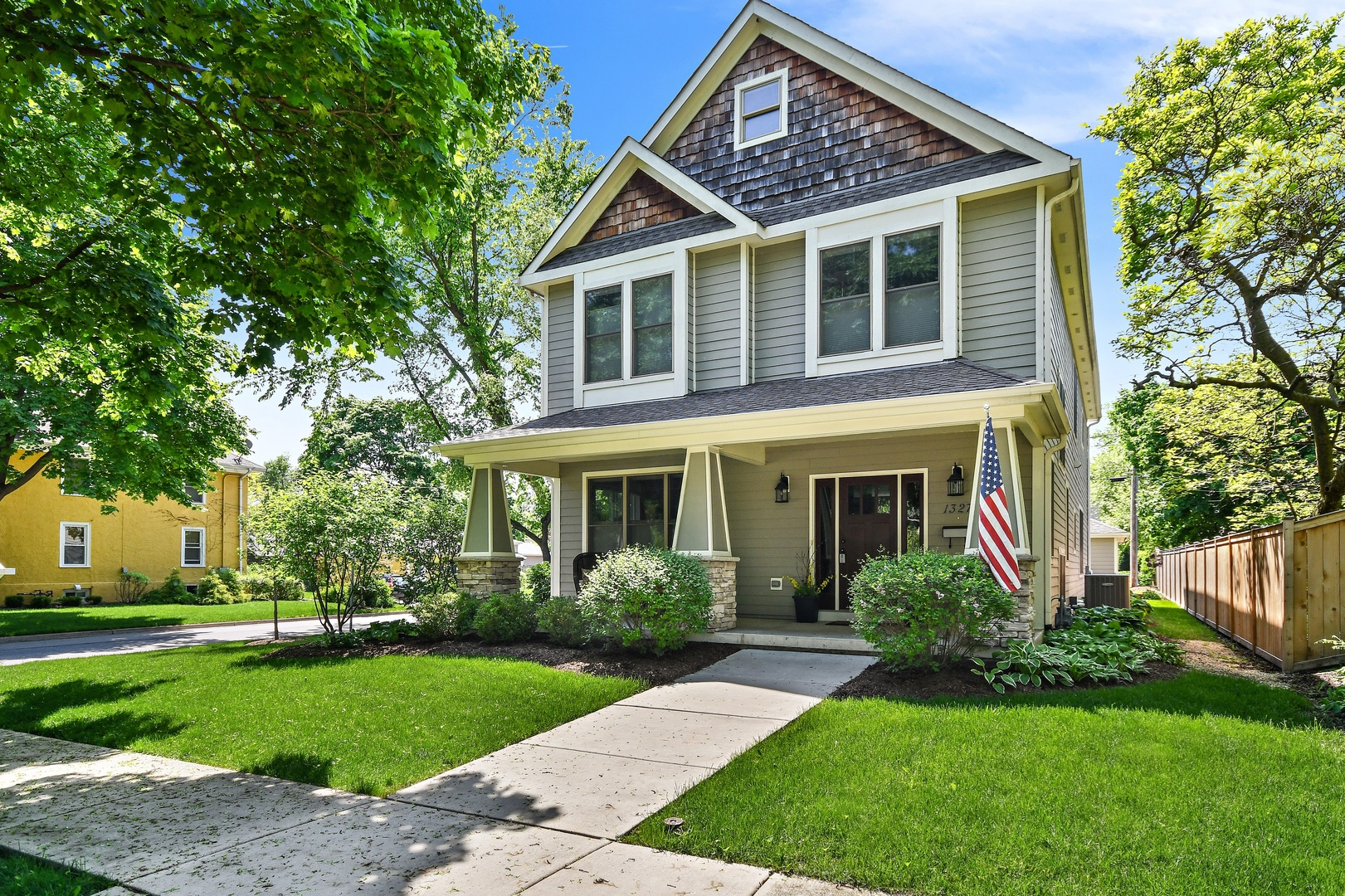 1327 South 2nd,  ST. CHARLES, Illinois