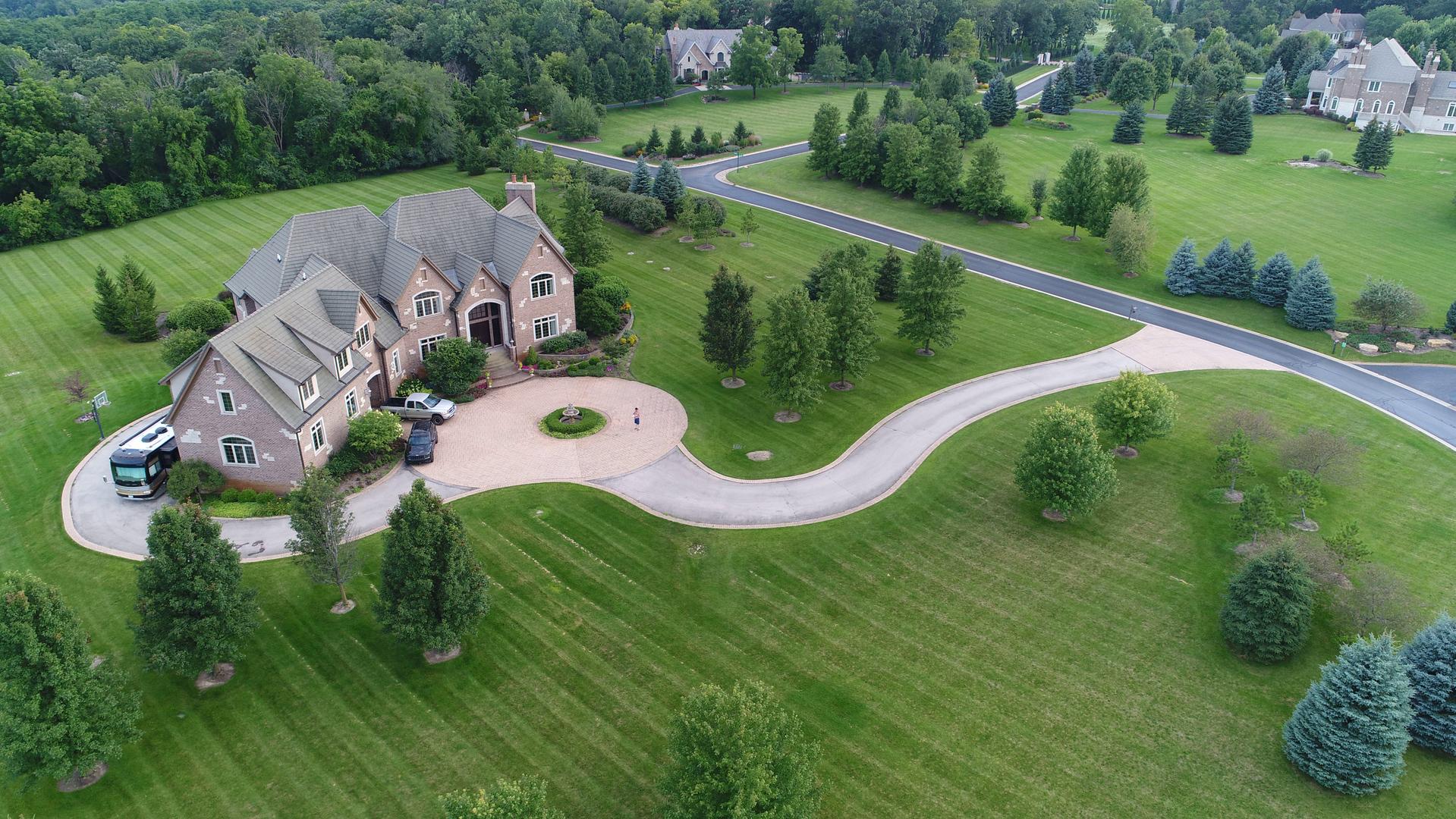 105 Remington Drive, Barrington Hills, Illinois 60010
