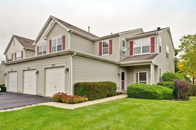 3177 Falling Waters Lane, Lindenhurst, Illinois 60046