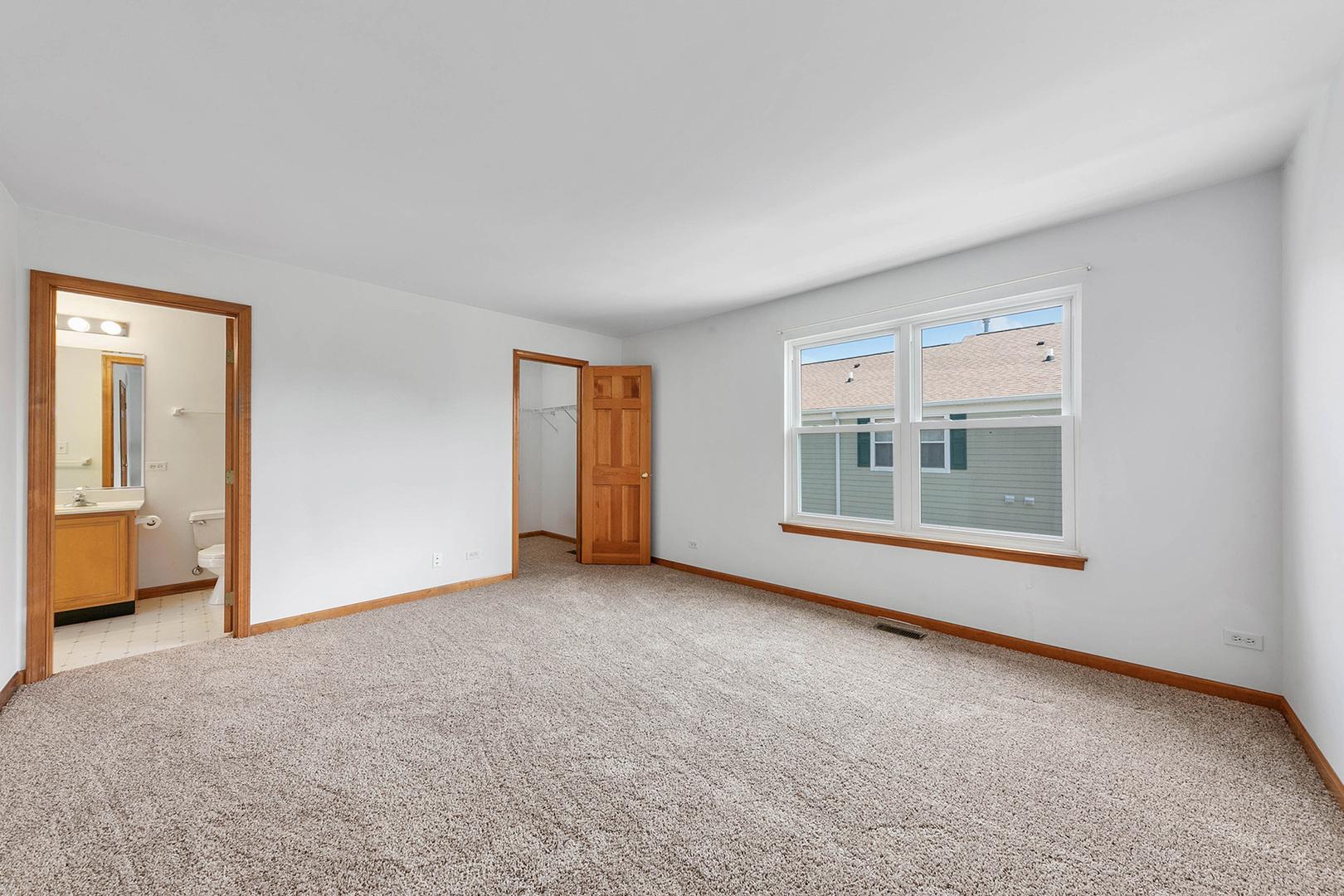 2445 Courtyard 2, AURORA, Illinois, 60506