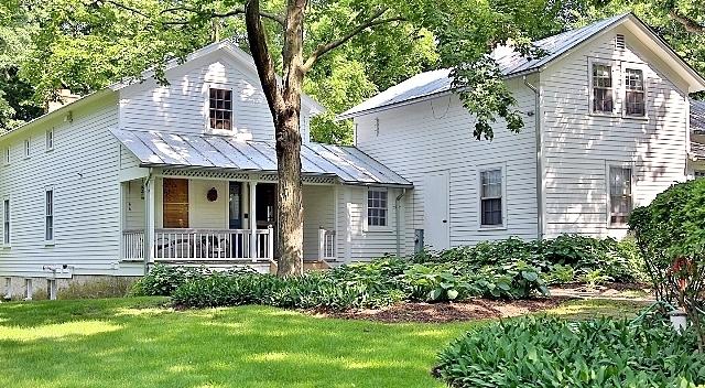 21125 North Hampton Court, Kildeer, Illinois 60047