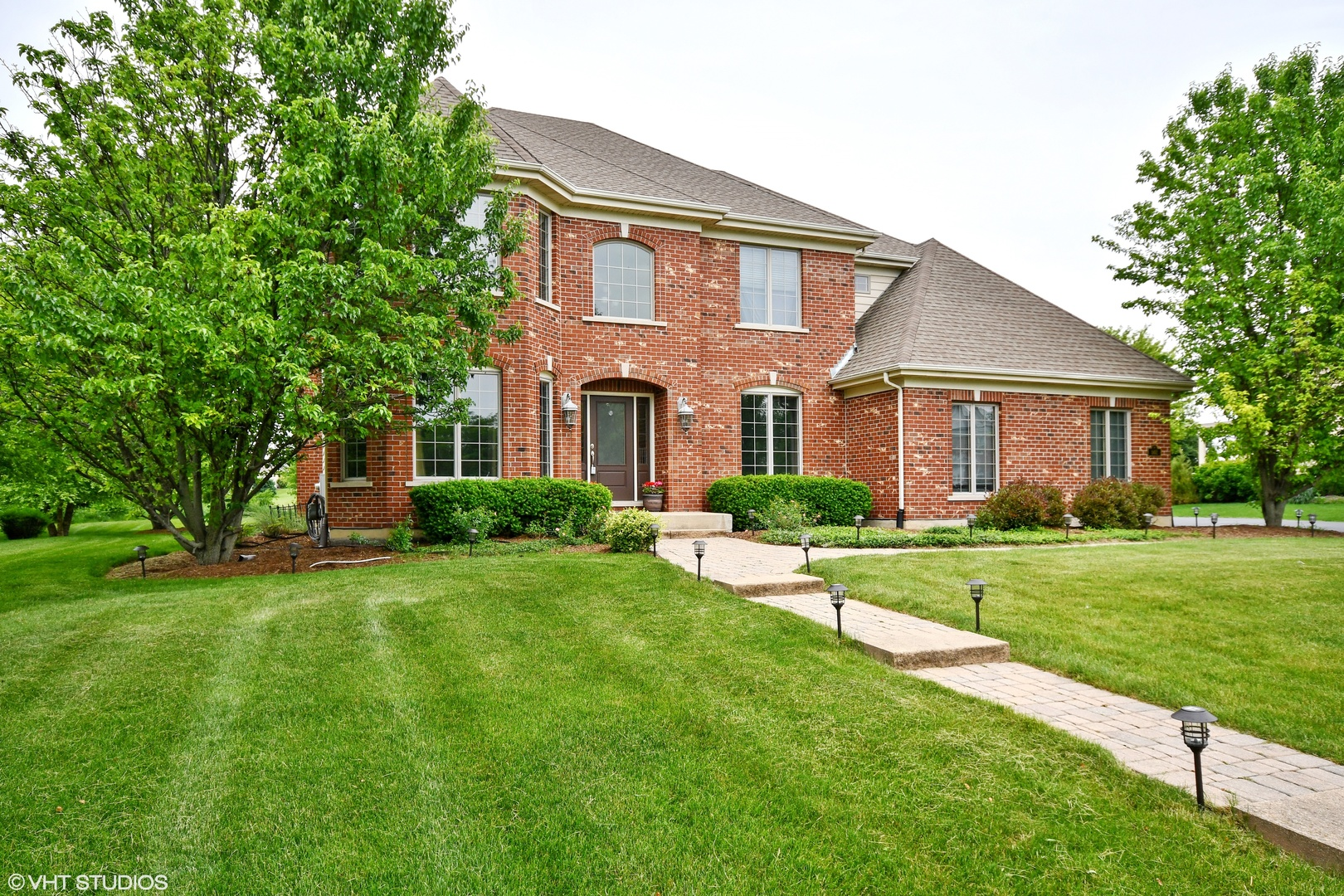 562 North MEADOW VIEW,  ST. CHARLES, Illinois