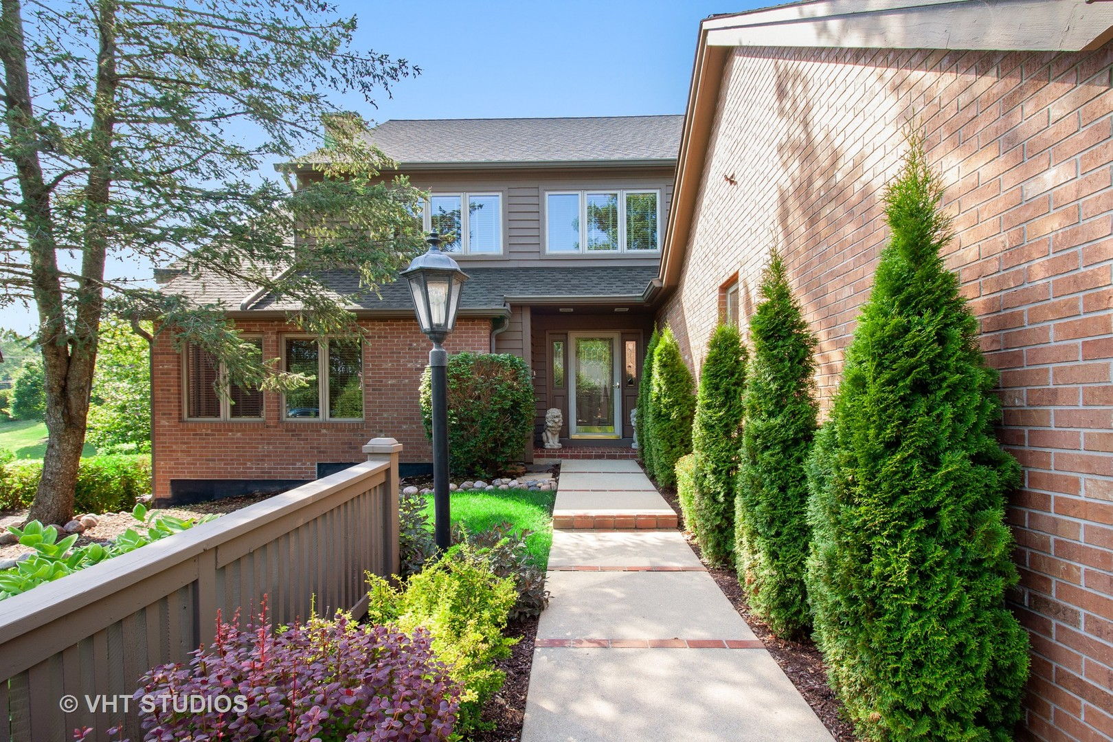 2493  Tall Oaks,  ELGIN, Illinois