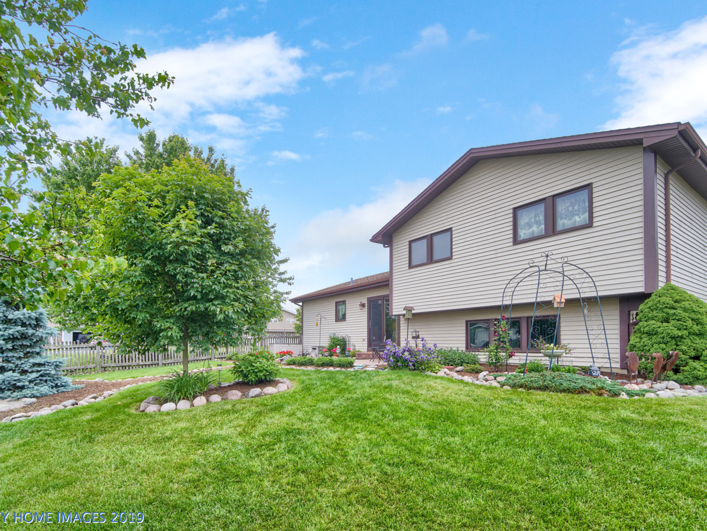 7513 West Tartan, Frankfort, Illinois, 60423