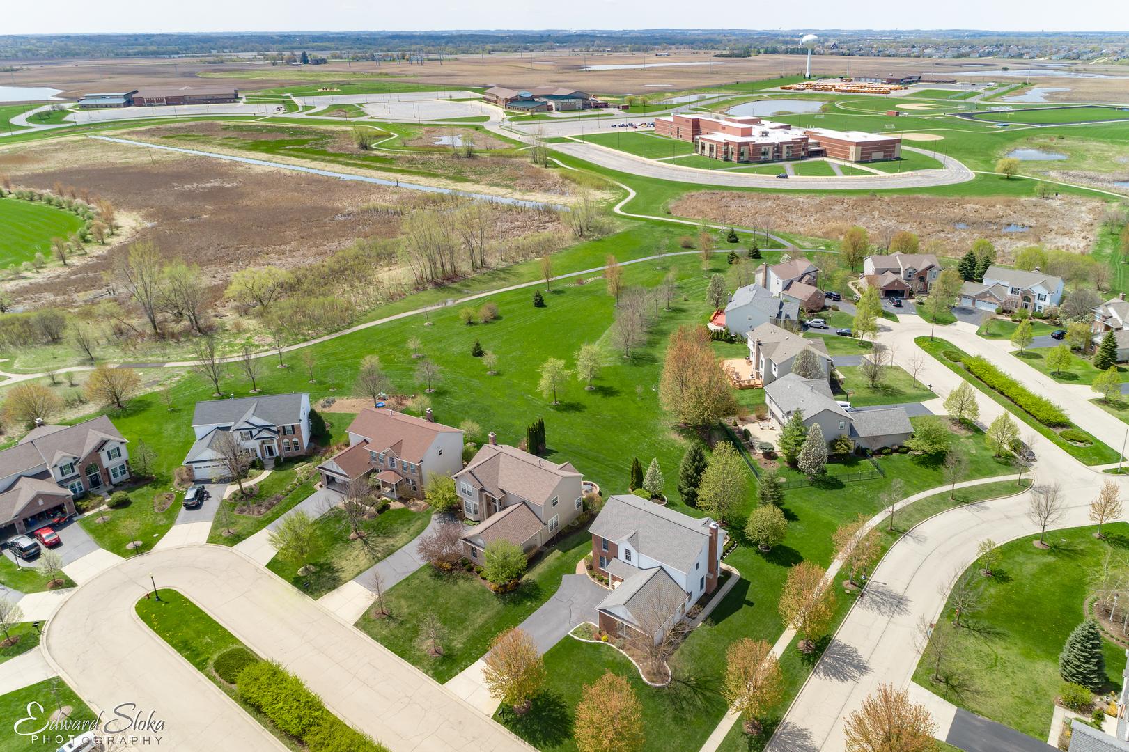 2 Charminster, ALGONQUIN, Illinois, 60102