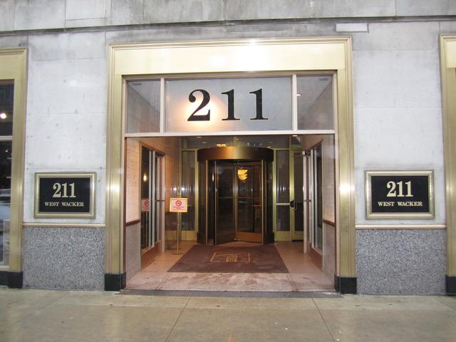 211 W WACKER Drive 100, Chicago, IL 60606