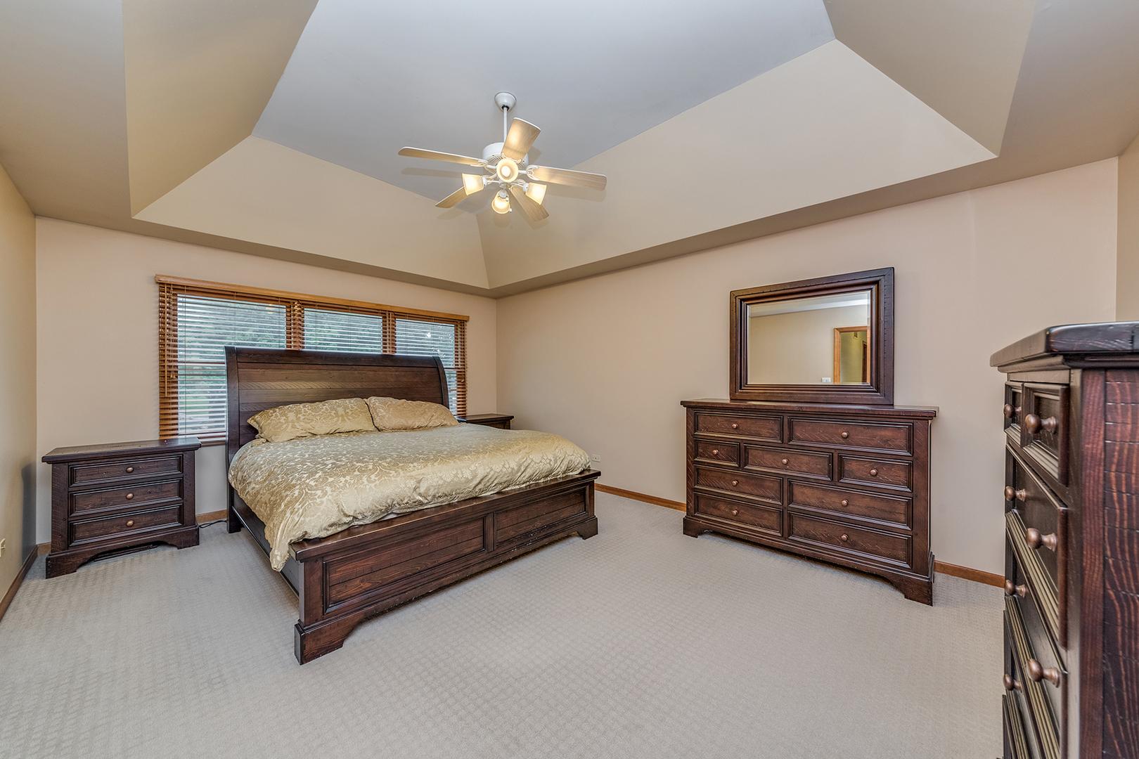 2810 BRECKENRIDGE, AURORA, Illinois, 60504