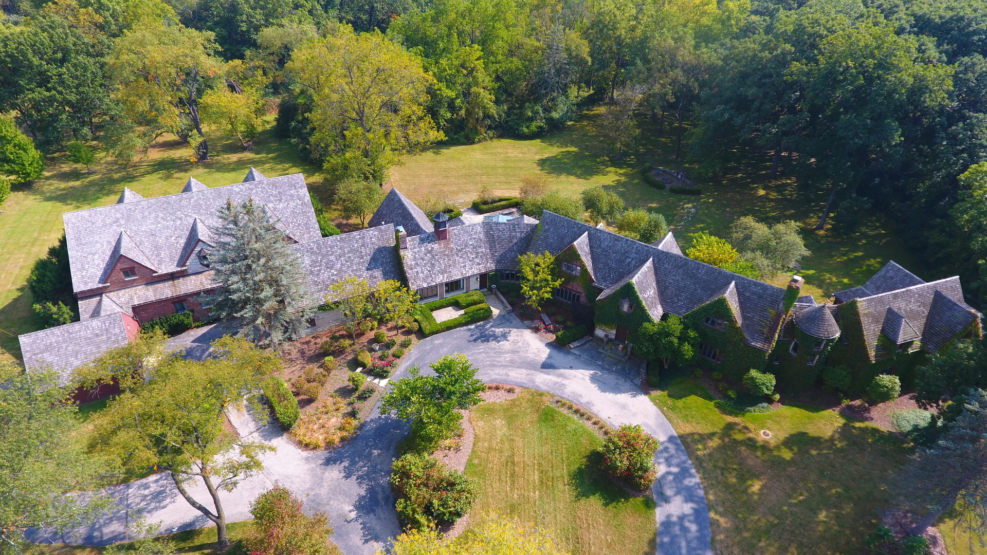 541 Merri Oaks Road, Barrington Hills, Illinois 60010