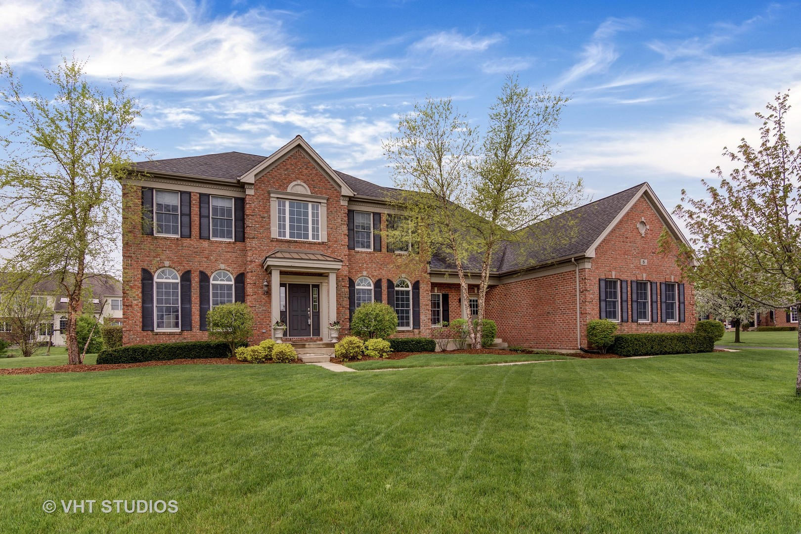 5 Turnbury Court, Hawthorn Woods, Illinois 60047
