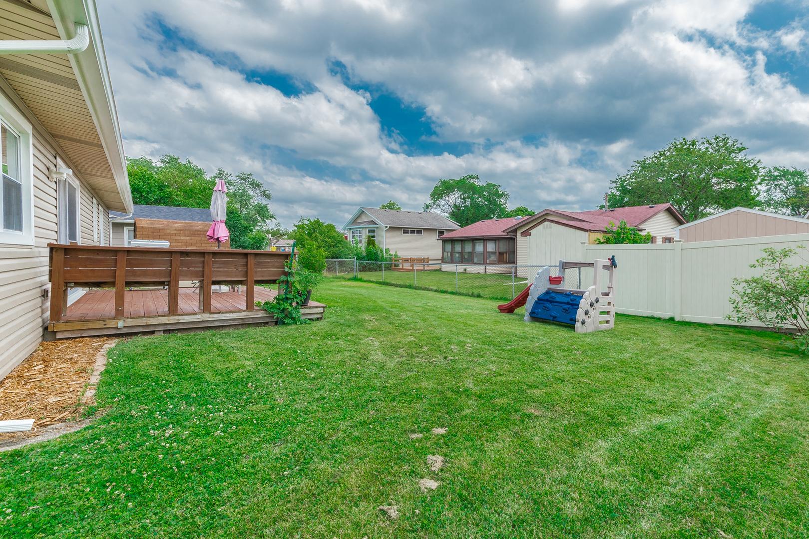51 CLEARMONT, ELK GROVE VILLAGE, Illinois, 60007