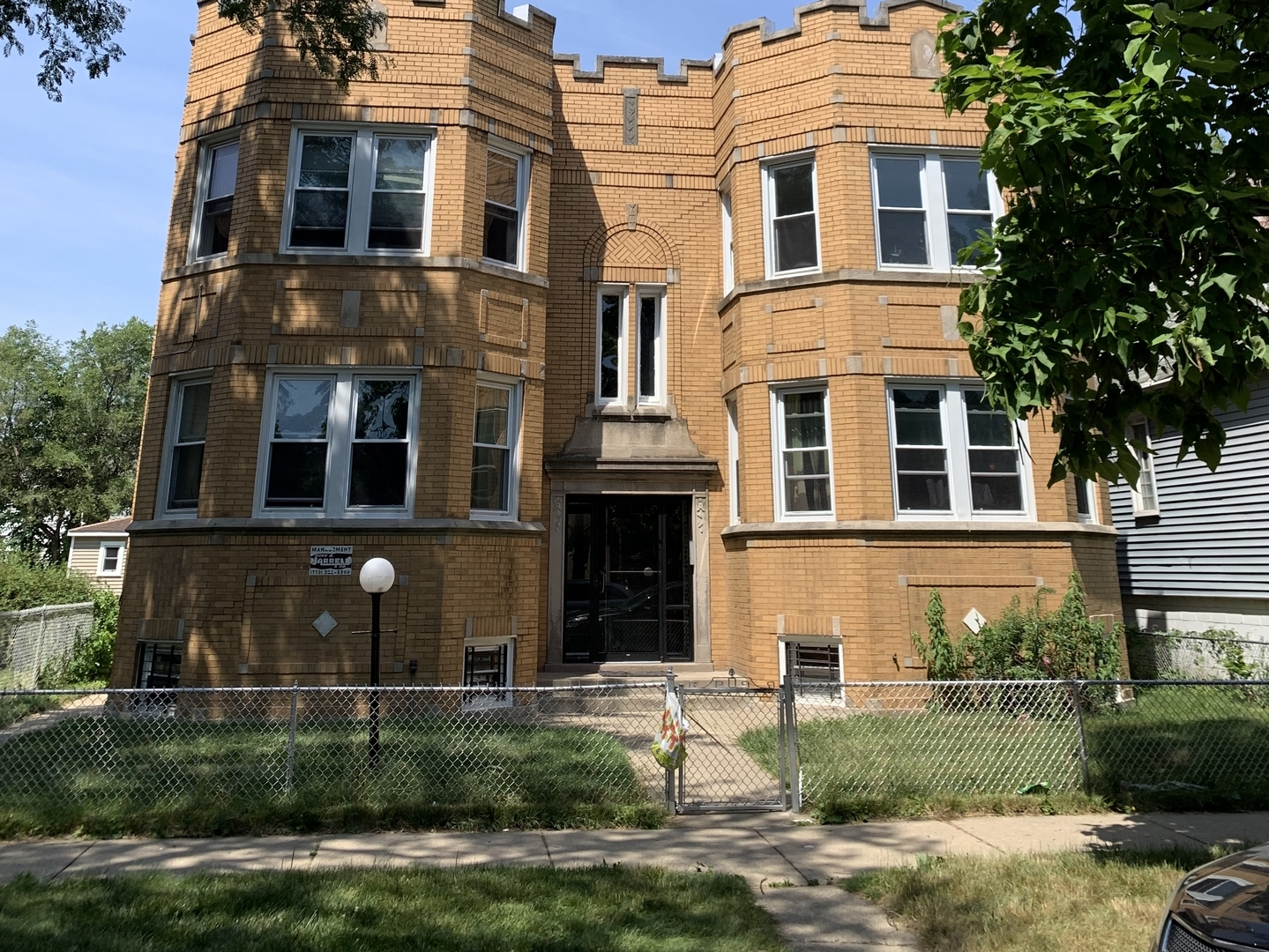 South Champlain Ave., Chicago, IL 60619