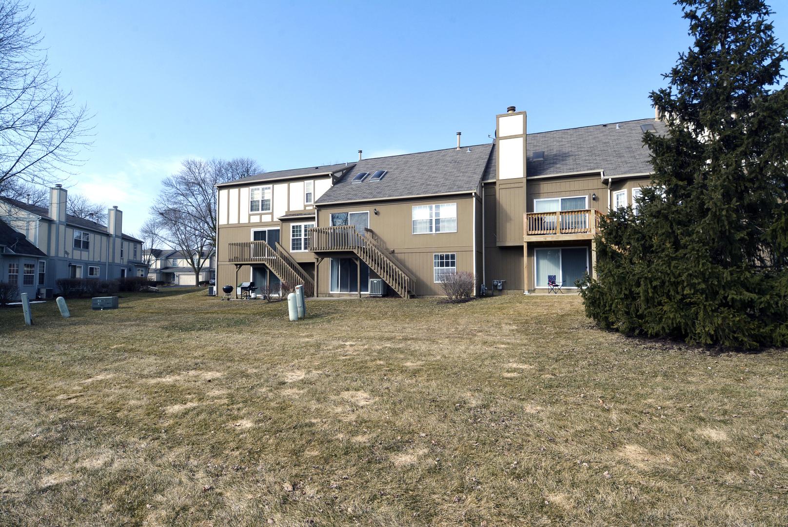 4633 North sapphire, Hoffman Estates, Illinois, 60192