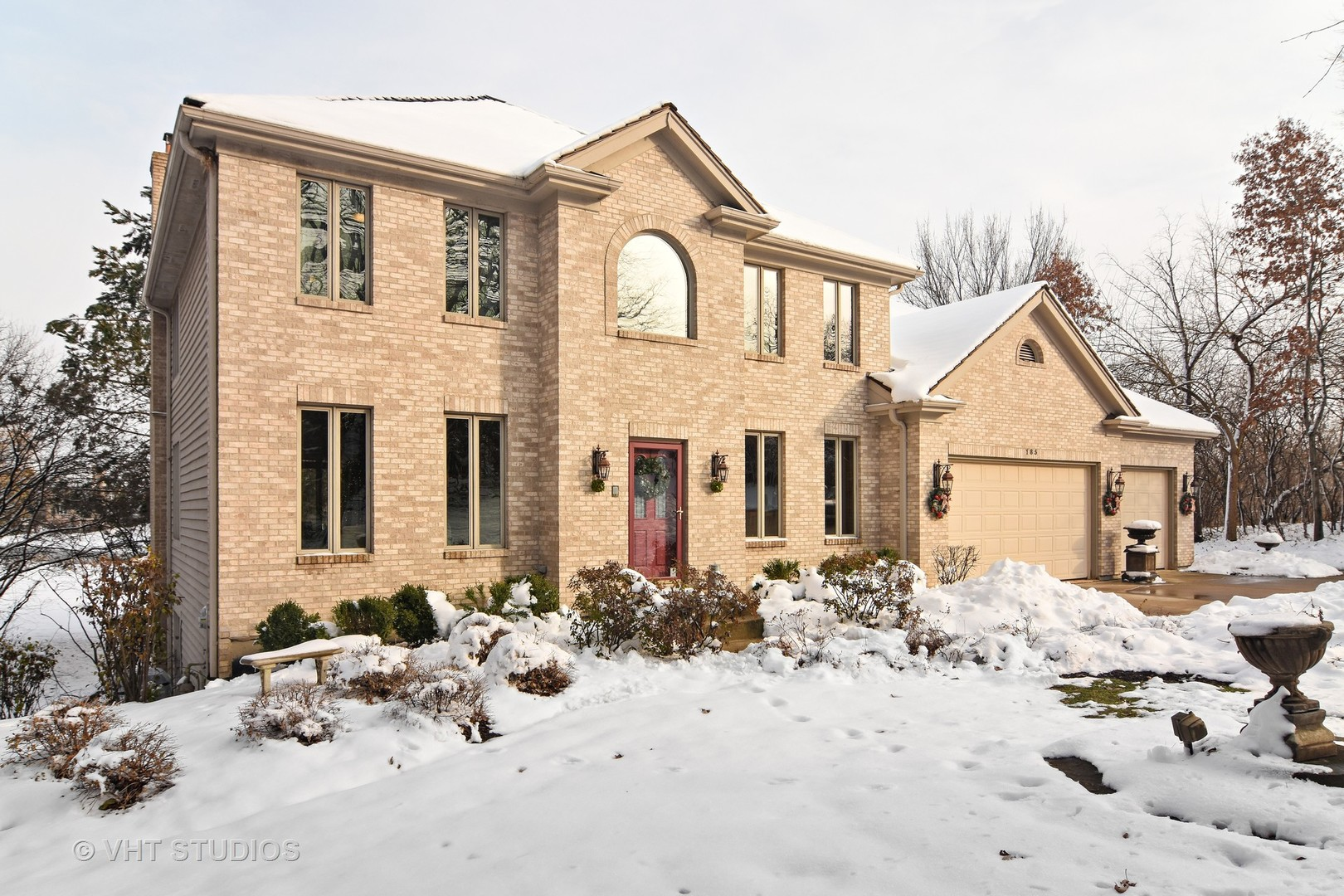 185 Elderberry Drive, Hawthorn Woods, Illinois 60047