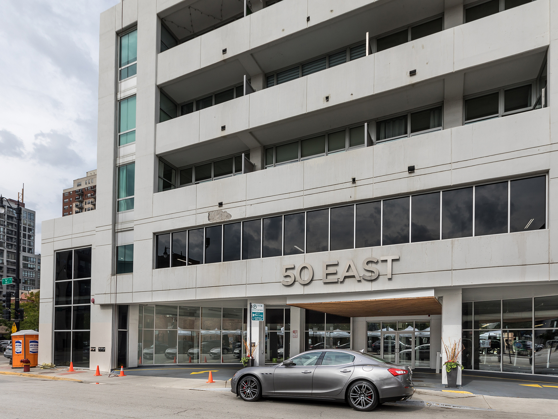 50 E 16th Exterior Photo