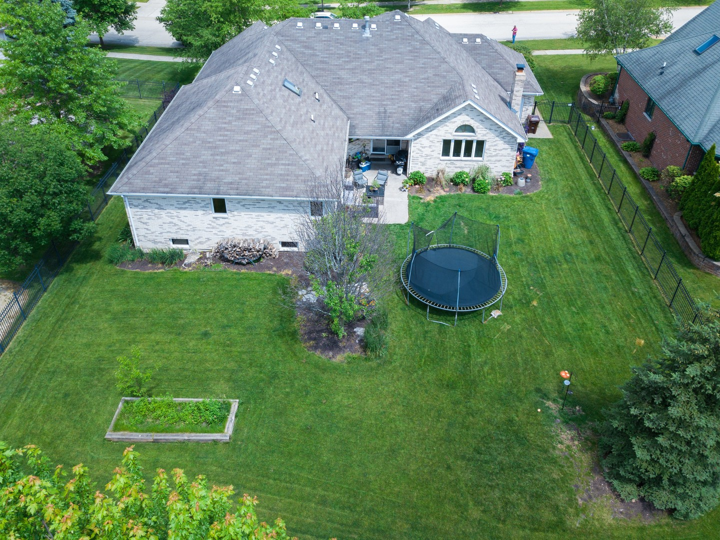 21828 Blue Bird, FRANKFORT, Illinois, 60423