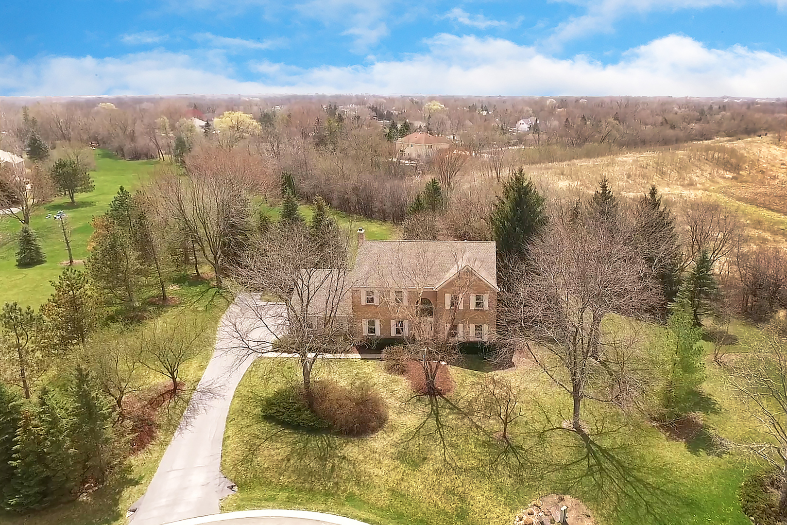 198 Sycamore Drive, Hawthorn Woods, Illinois 60047