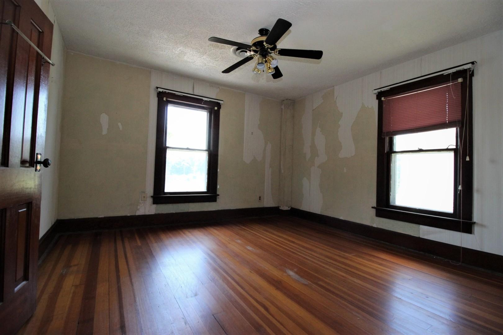 414 East Lincoln, Saybrook, Illinois, 61770