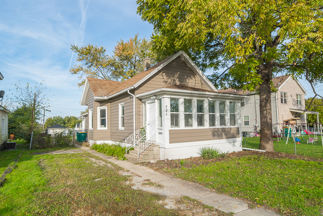 721 Richards, Joliet, Illinois, 60433