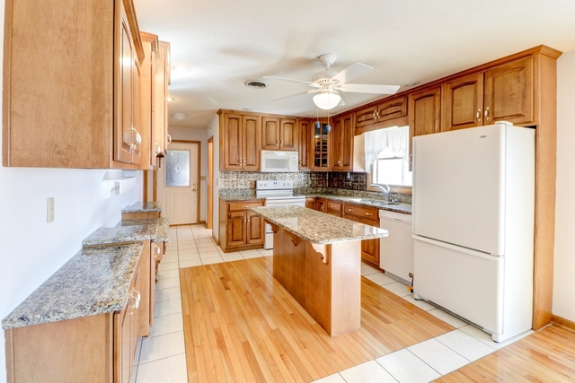 414 South Washington, Sidney, Illinois, 61877