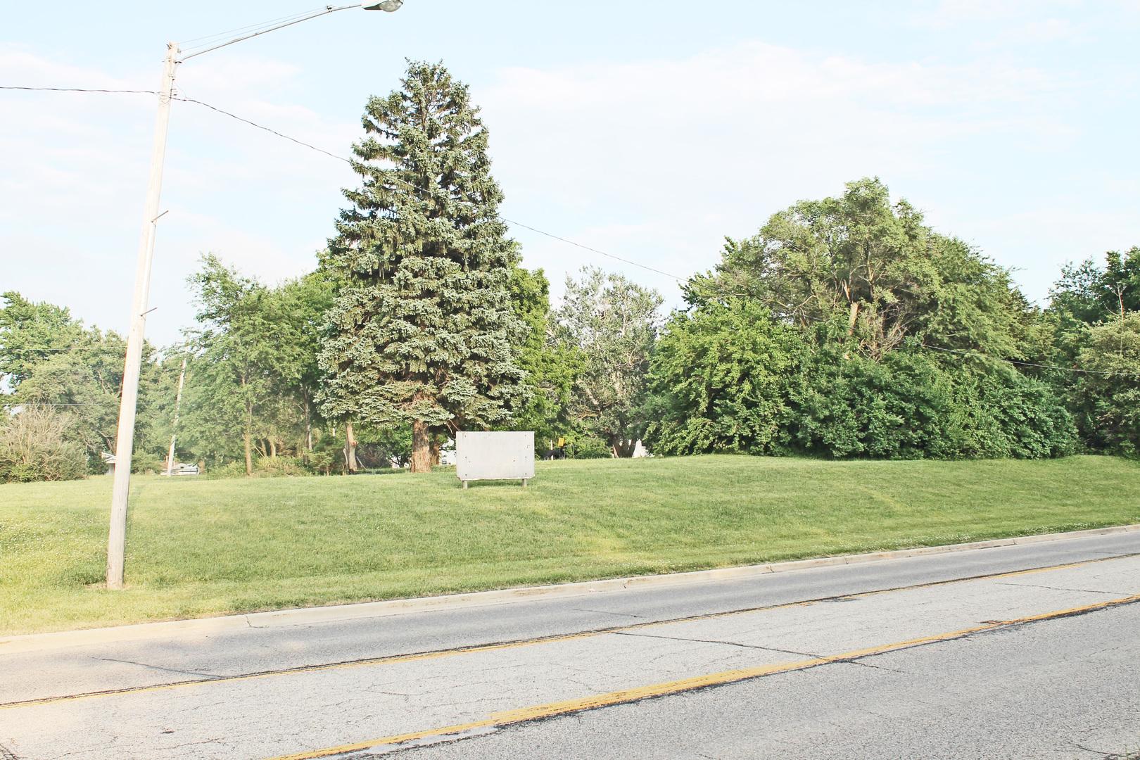 216 N Dixie Highway, Hoopeston, IL 60942