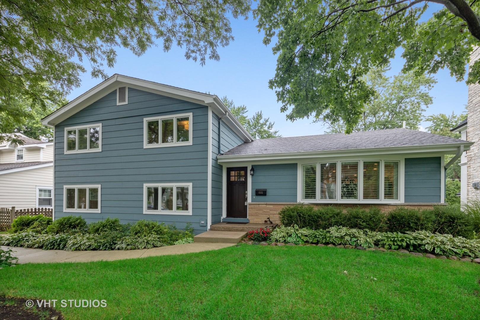 605 Jefferson Street, Hinsdale, Illinois 60521