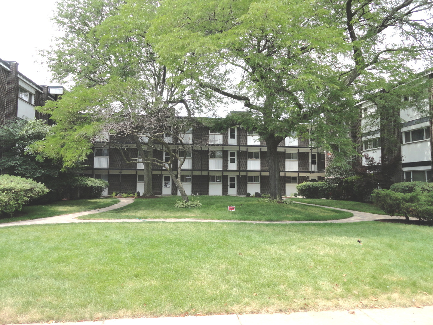 4718 Russett Lane  204 SKOKIE Illinois 60076