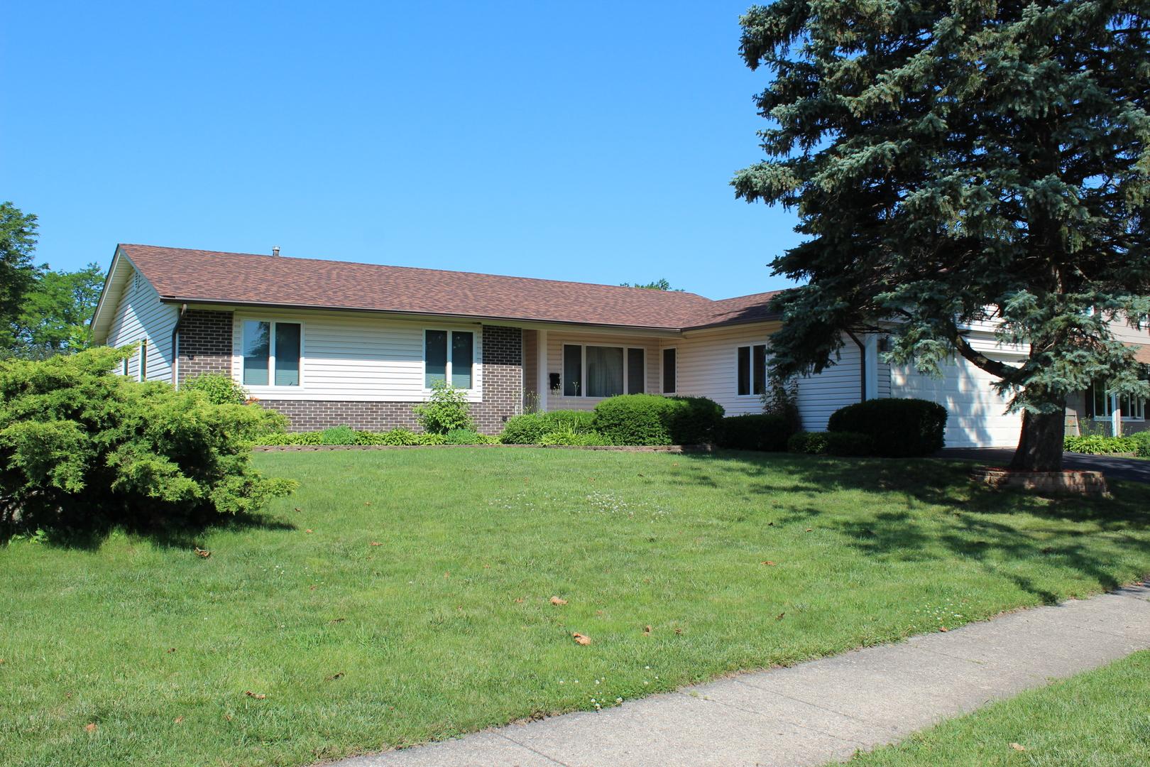 29 KENILWORTH, ELK GROVE VILLAGE, Illinois, 60007