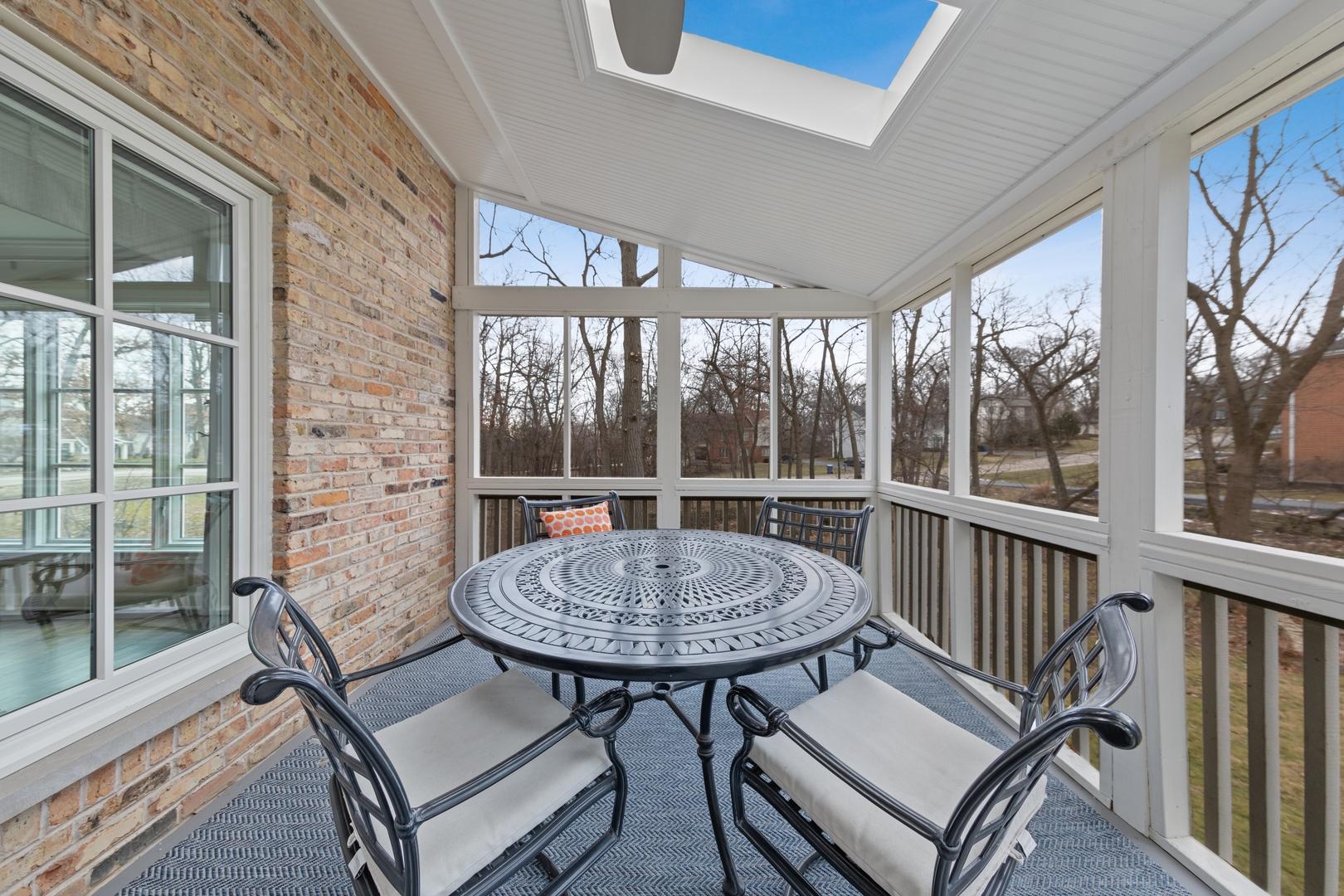 30 West Birchwood, Hinsdale, Illinois, 60521