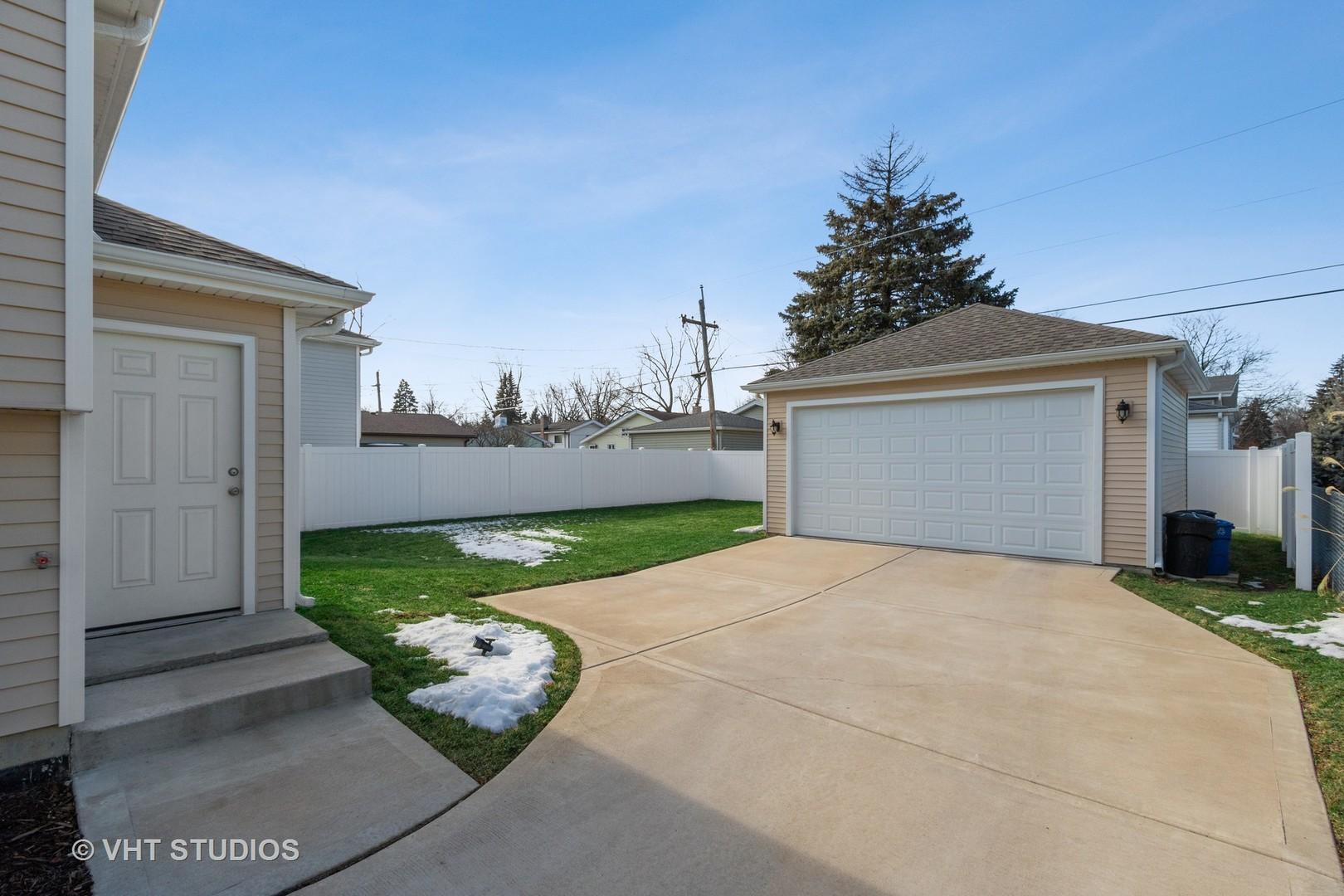 614 North Michigan, Villa Park, Illinois, 60181