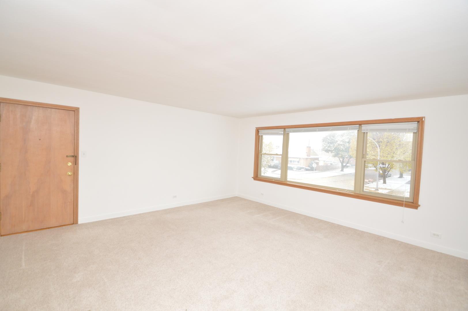 1511 Balmoral, Westchester, Illinois, 60154