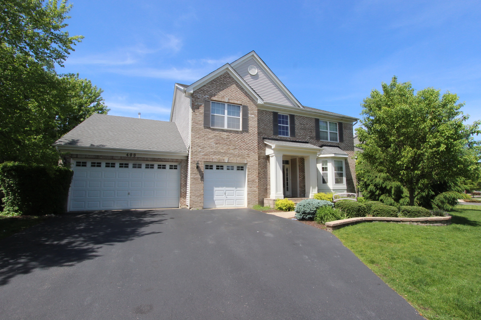 408 Wentworth Circle, Cary, IL 60013